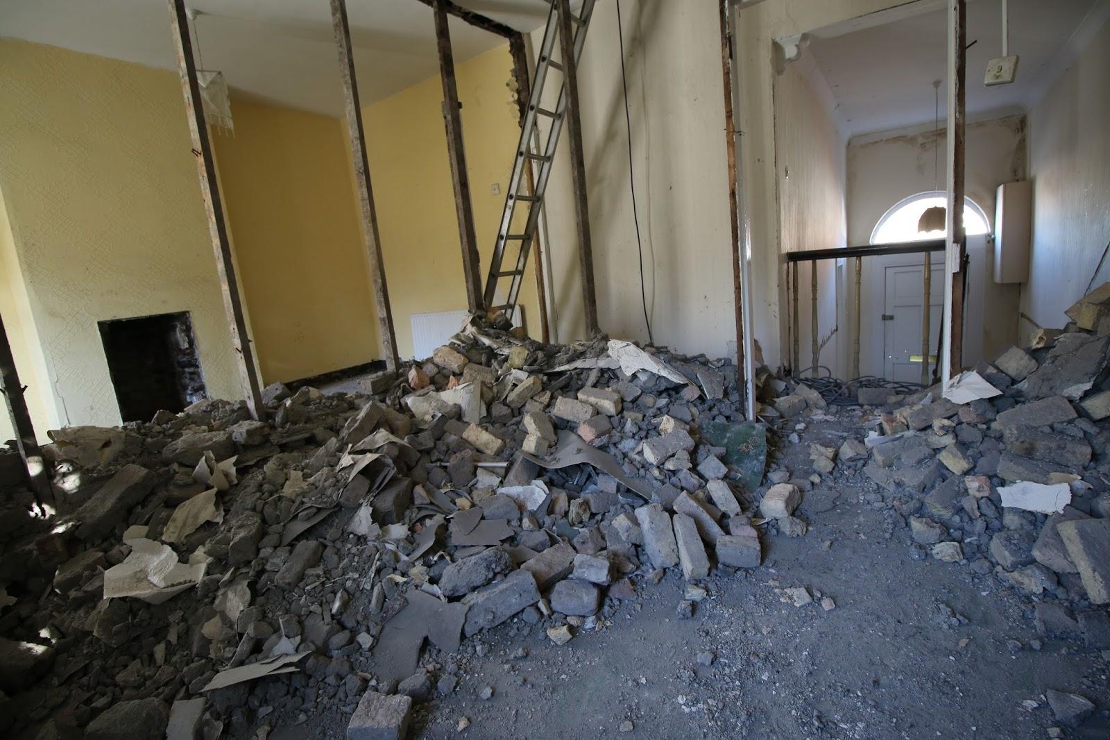 Knocking internal walls upstairs